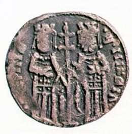 Монета на цар Михаил Асен с майка си Ирина (1246-1254).